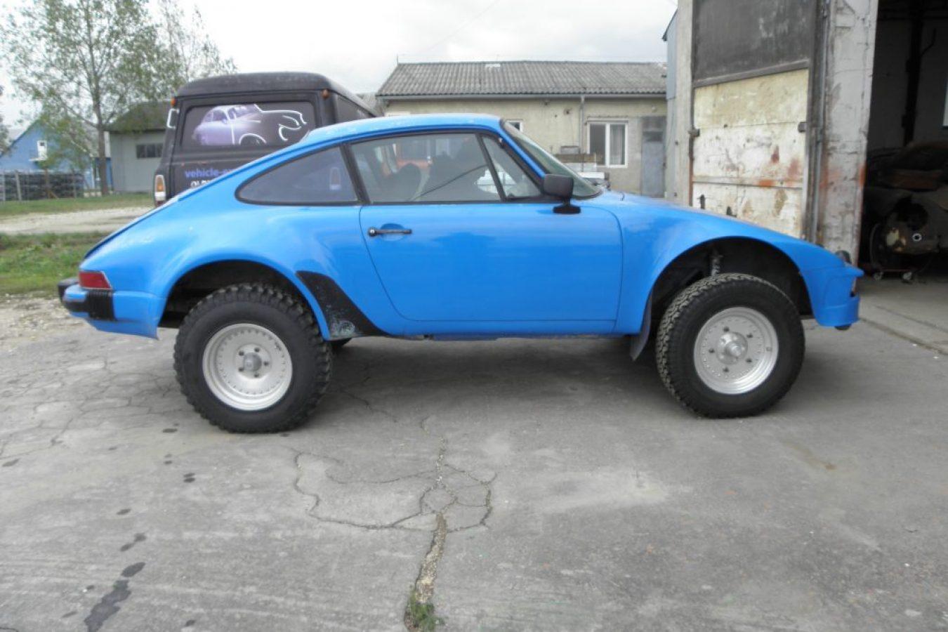 Restaurierter Porsche 911 in blau