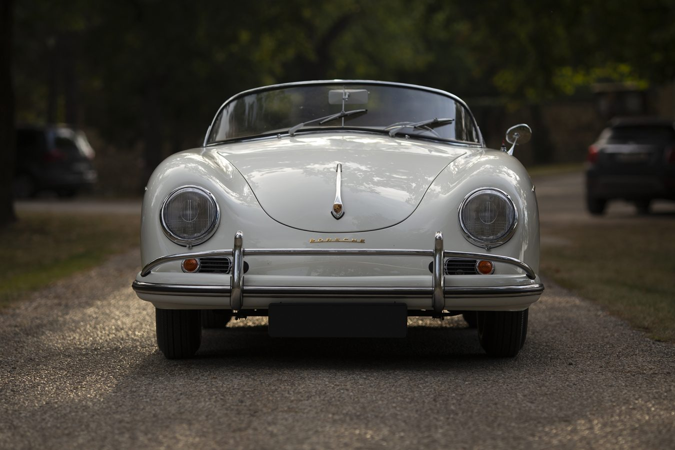 Weißer Porsche 356 Speedster von Vehicle Experts