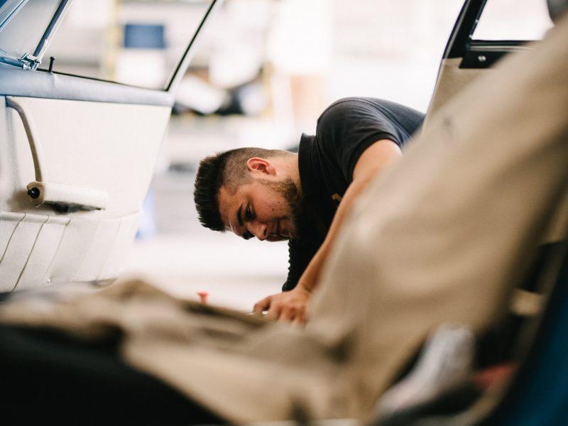 Restaurierung eines Porsche