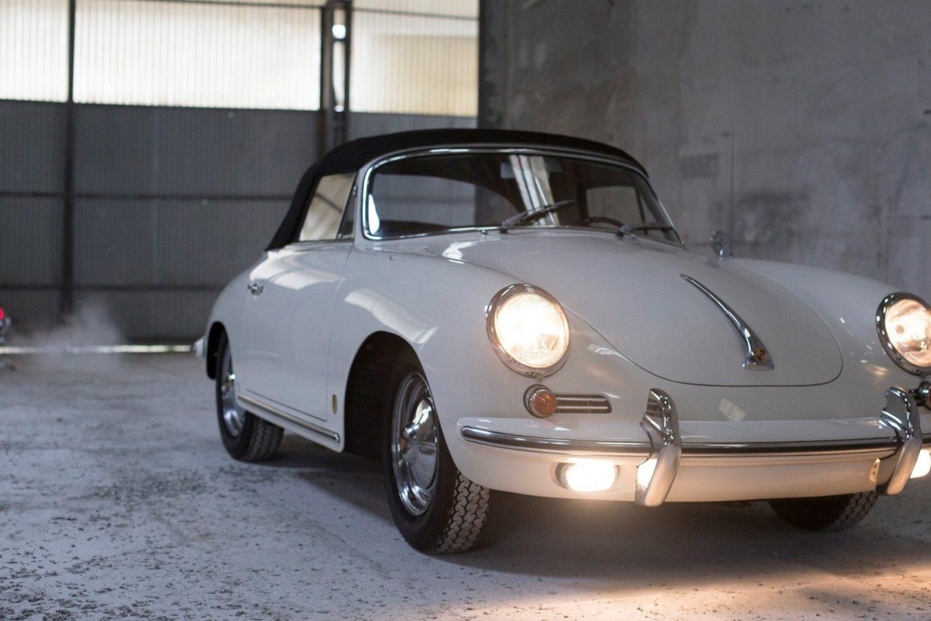Porsche 356 BT6 Cabrio in Weiß von vorne