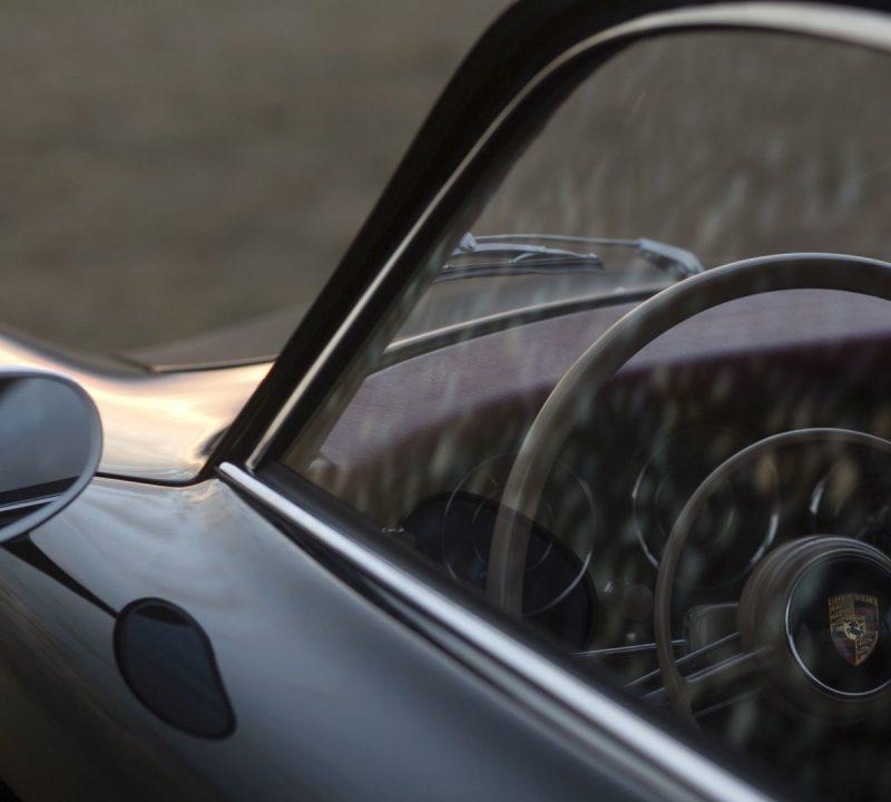 Lenkrad eines Porsche 356A