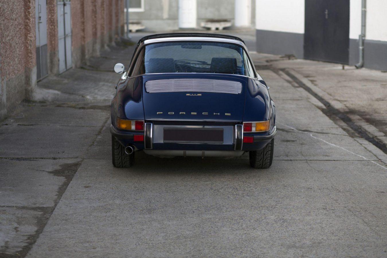 Porsche 911S Targa 41