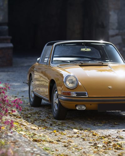 Bahama gelber Porsche 911S Softwindow Targa von Vehicle Experts