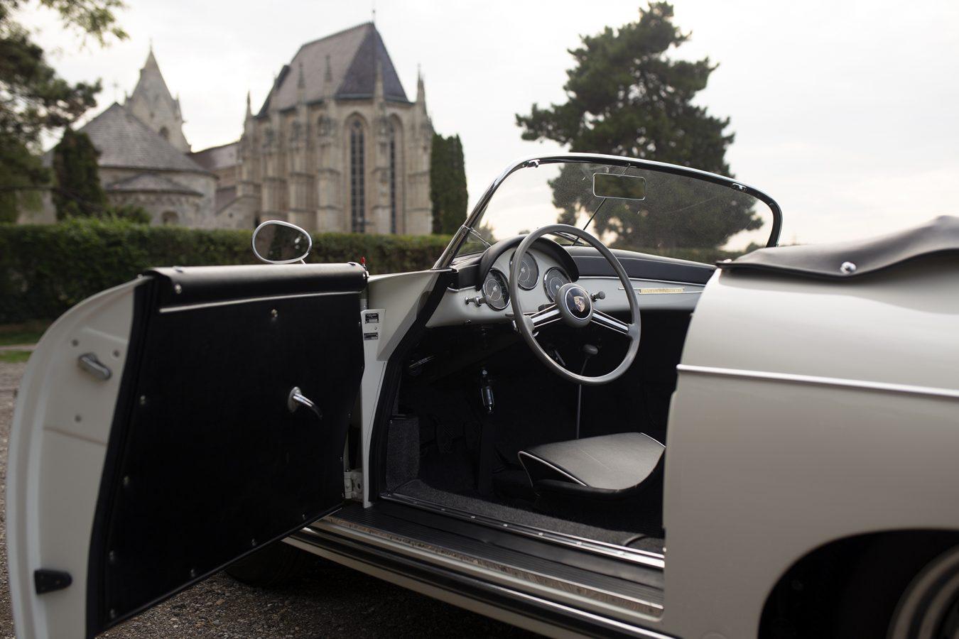 Weißer Porsche 356 Speedster