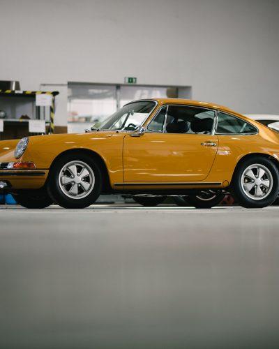 2 Porsche in der Werkstatt