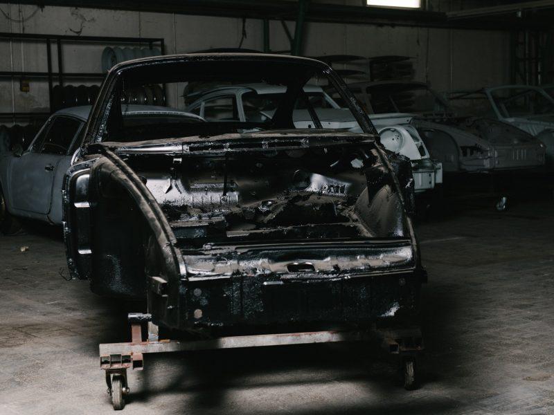Zerstörtes Fahrgestell