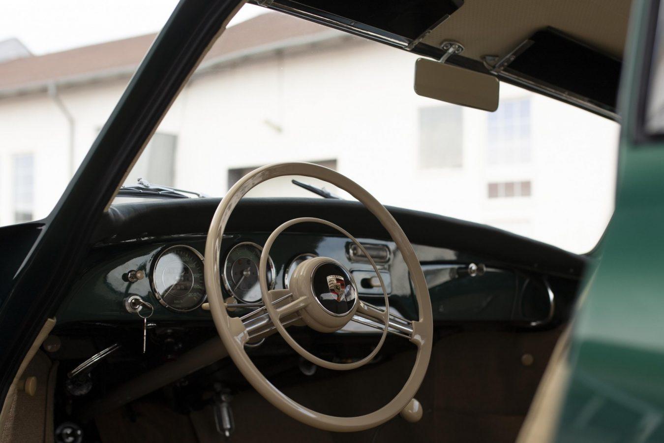 Echter 56er: Porsche 356 12