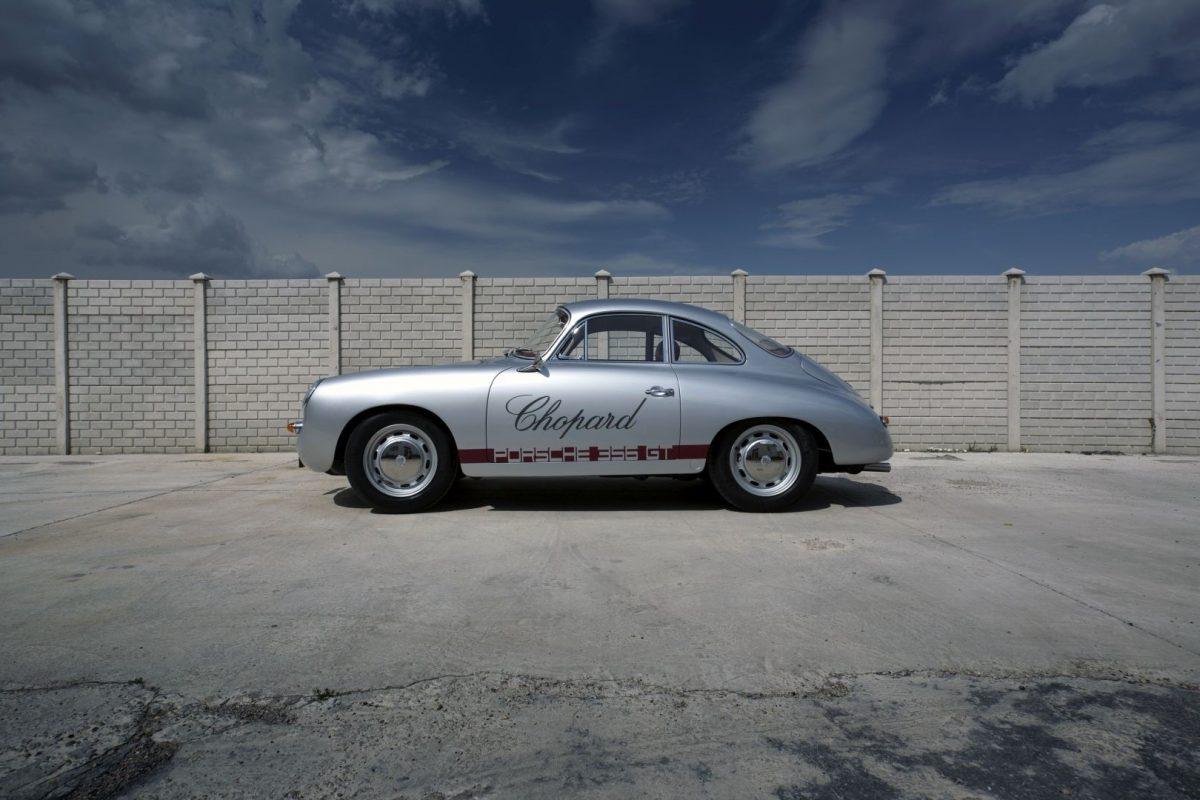 Zweifarbiger Porsche 356 von der Seite
