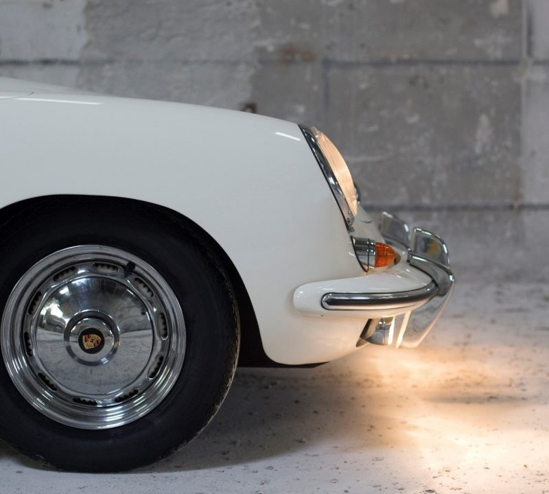 Porsche 356 BT6 Cabrio in Weiß Scheinwerfer