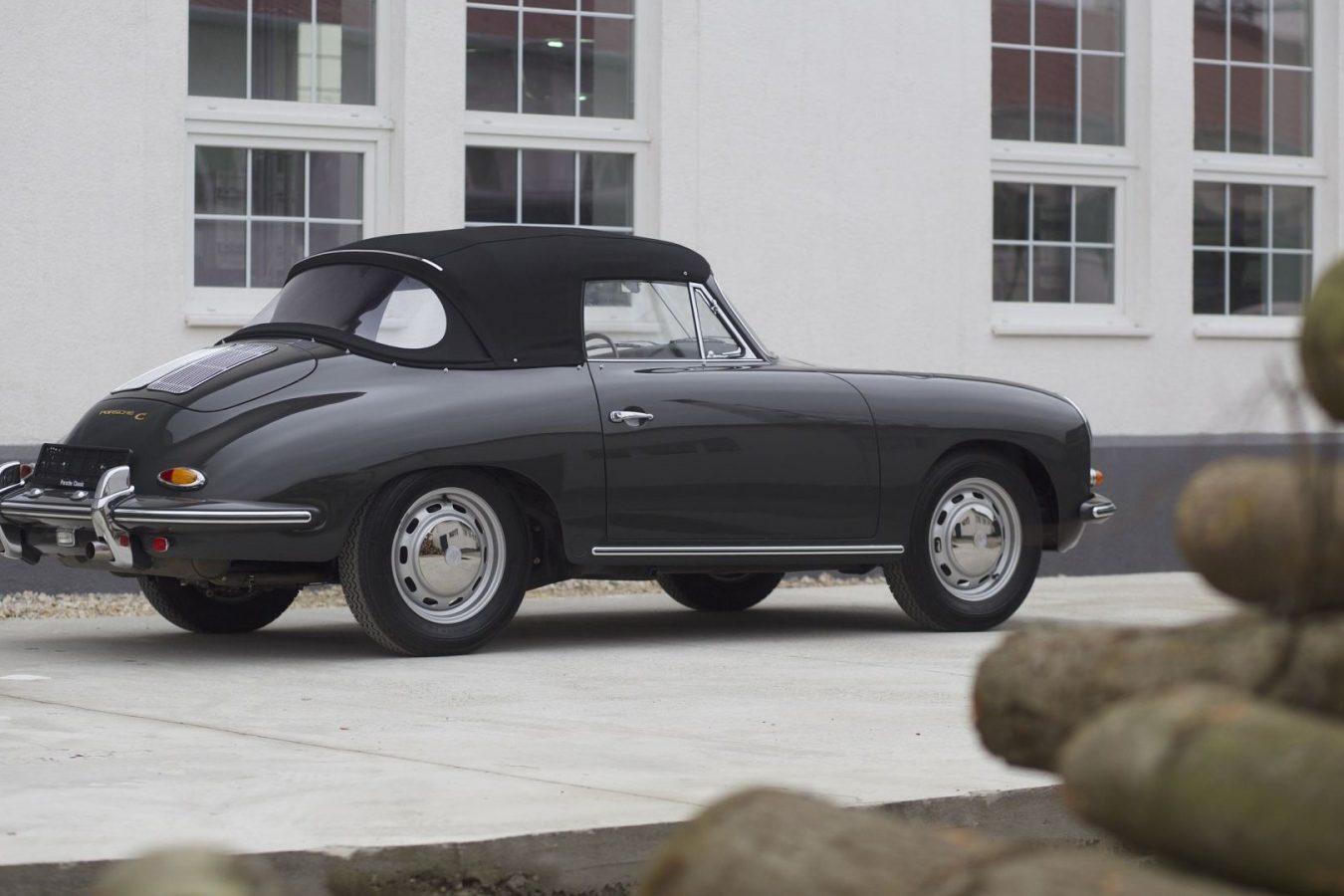 Porsche 356C Cabriolet in Schwarz