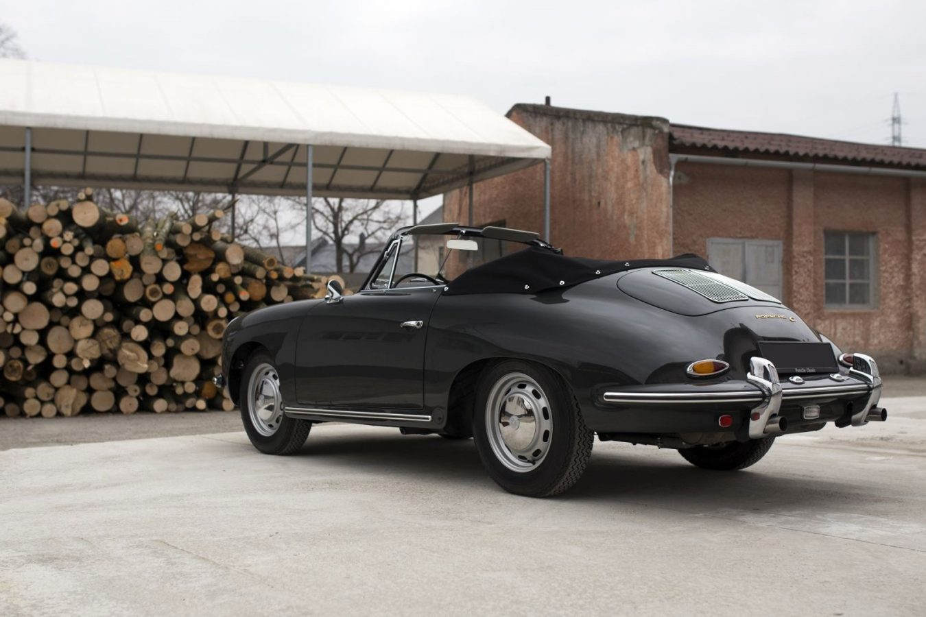 Porsche 356C Cabriolet von hinten