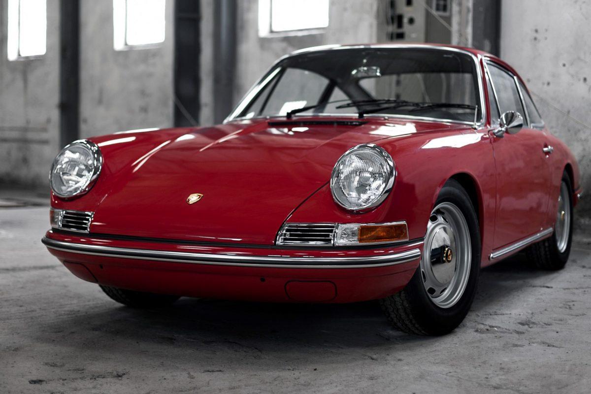 Porsche 911 SWB in Rot