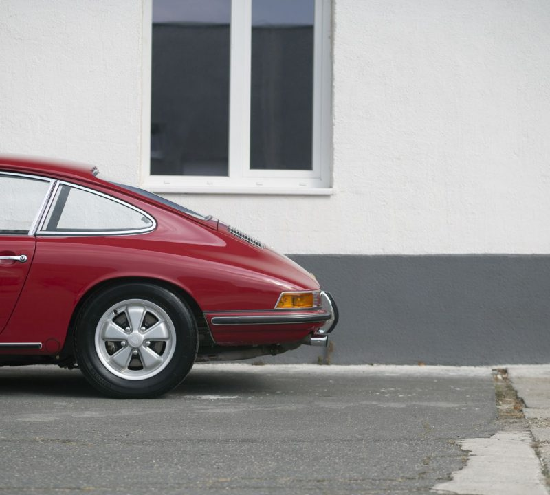 Roter Porsche 911S von Vehicle Experts