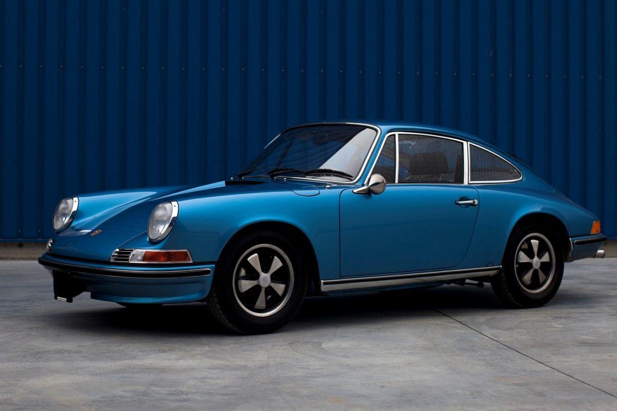 Porsche 911S in Hellblau