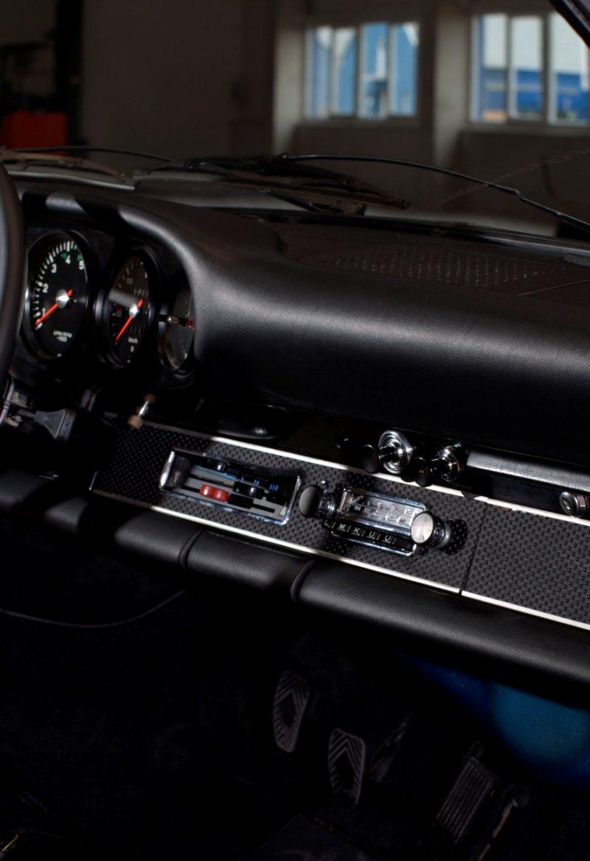 Porsche 911S in Hellblau Innenraum