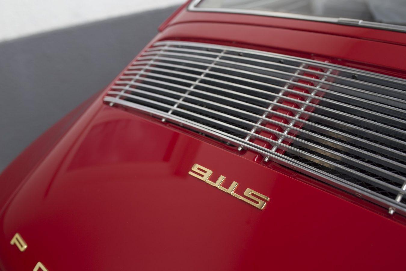 Porsche 911S 25