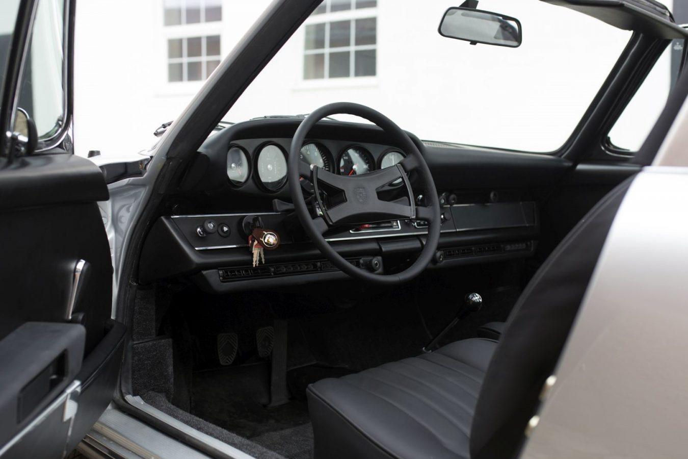 Lenkrad eines Porsche 911S Targa