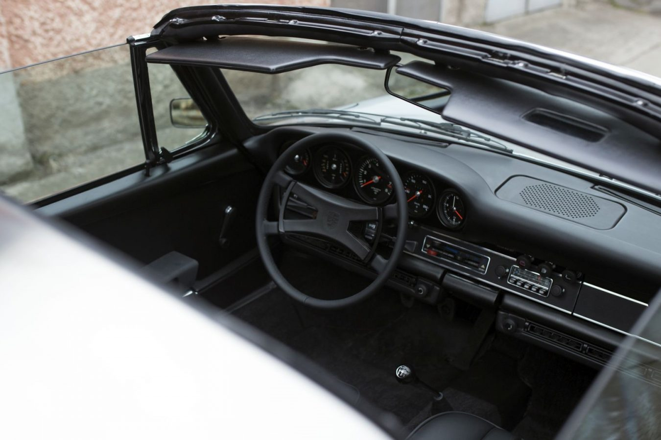Innenraum eines Porsche 911S Targa