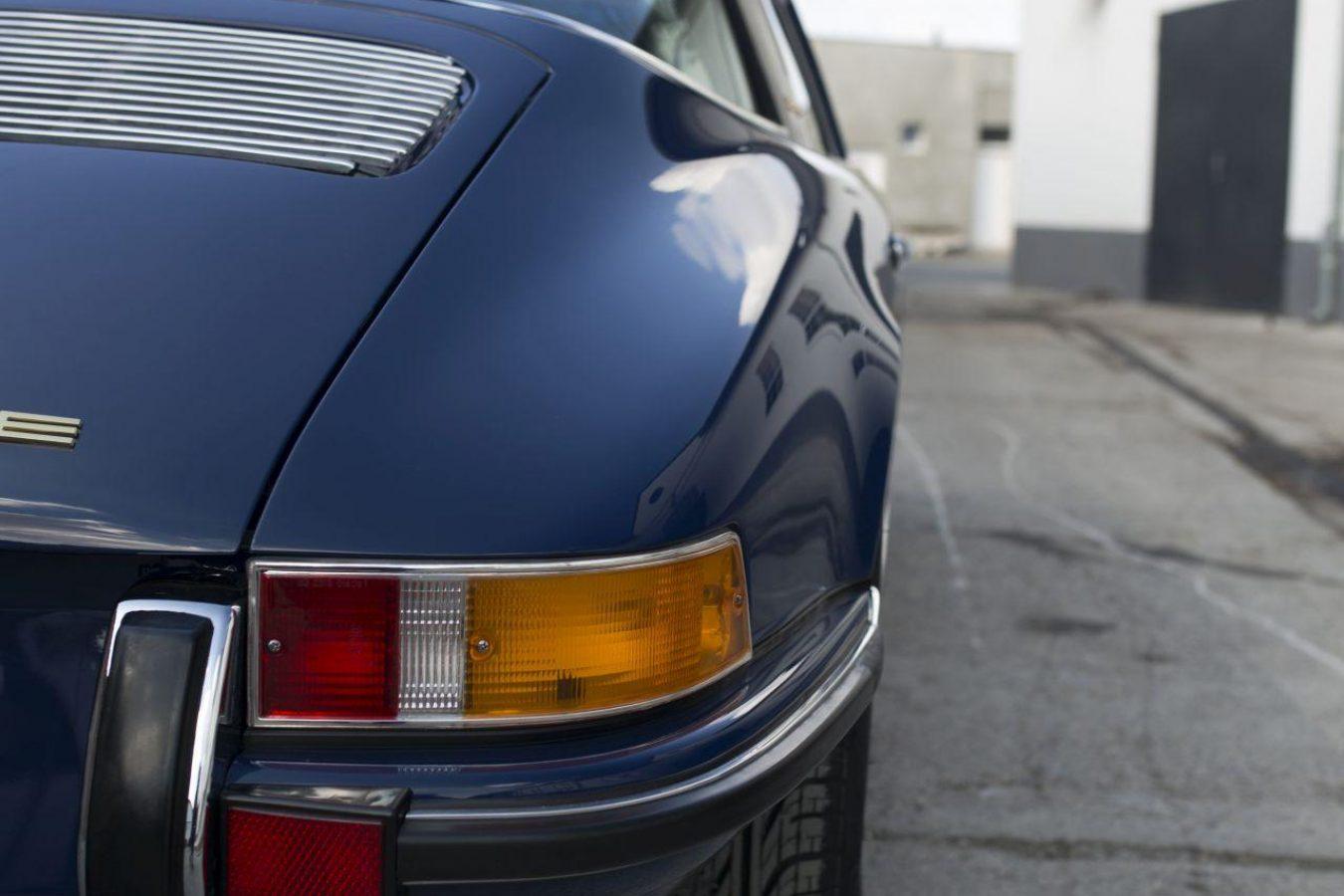 Porsche 911S Targa von hinten rechts