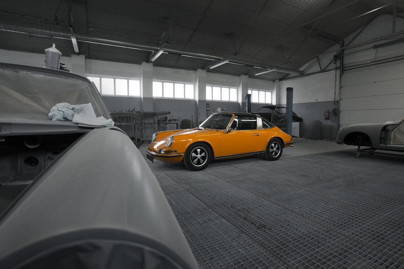 Porsche 911S Targa 2