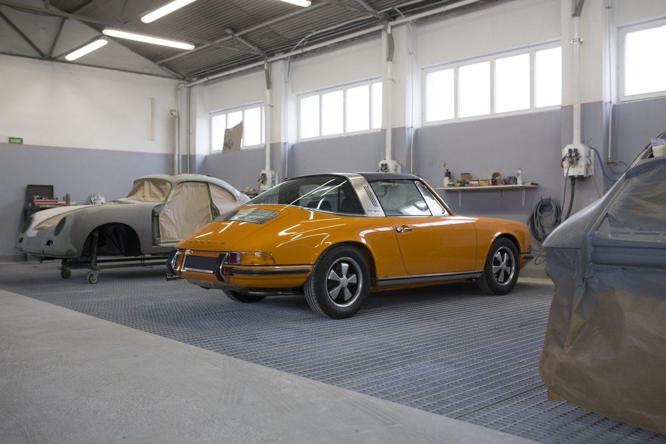 Porsche 911S Targa 5