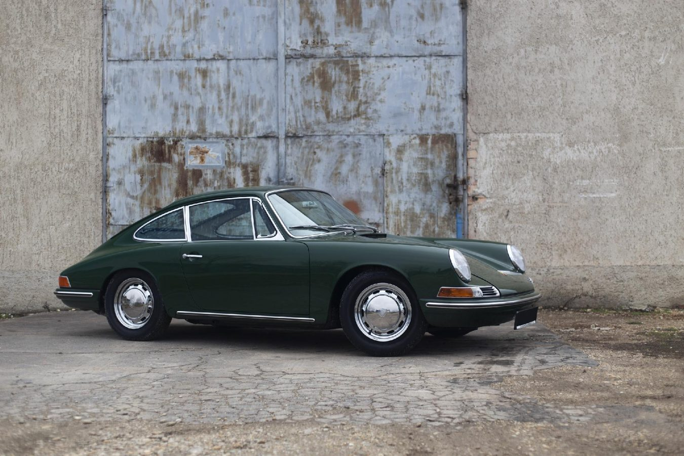 Grüner Porsche 911 SWB von Vehicle Experts