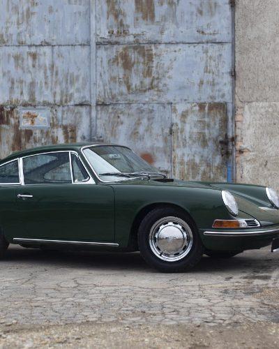 Grüner Porsche 911 SWB von Vehicle Experts