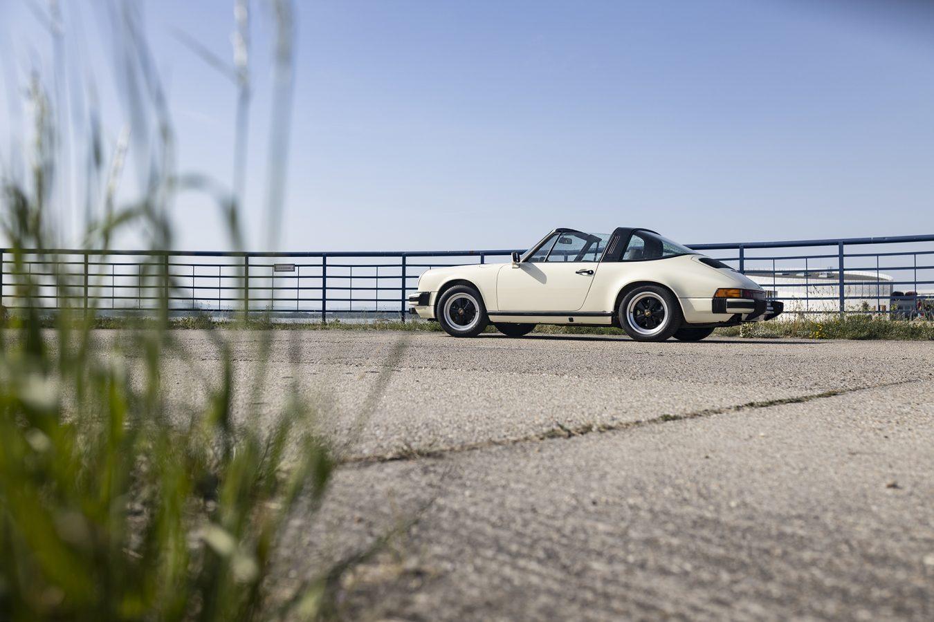 Chiffon Weisser Porsche 2