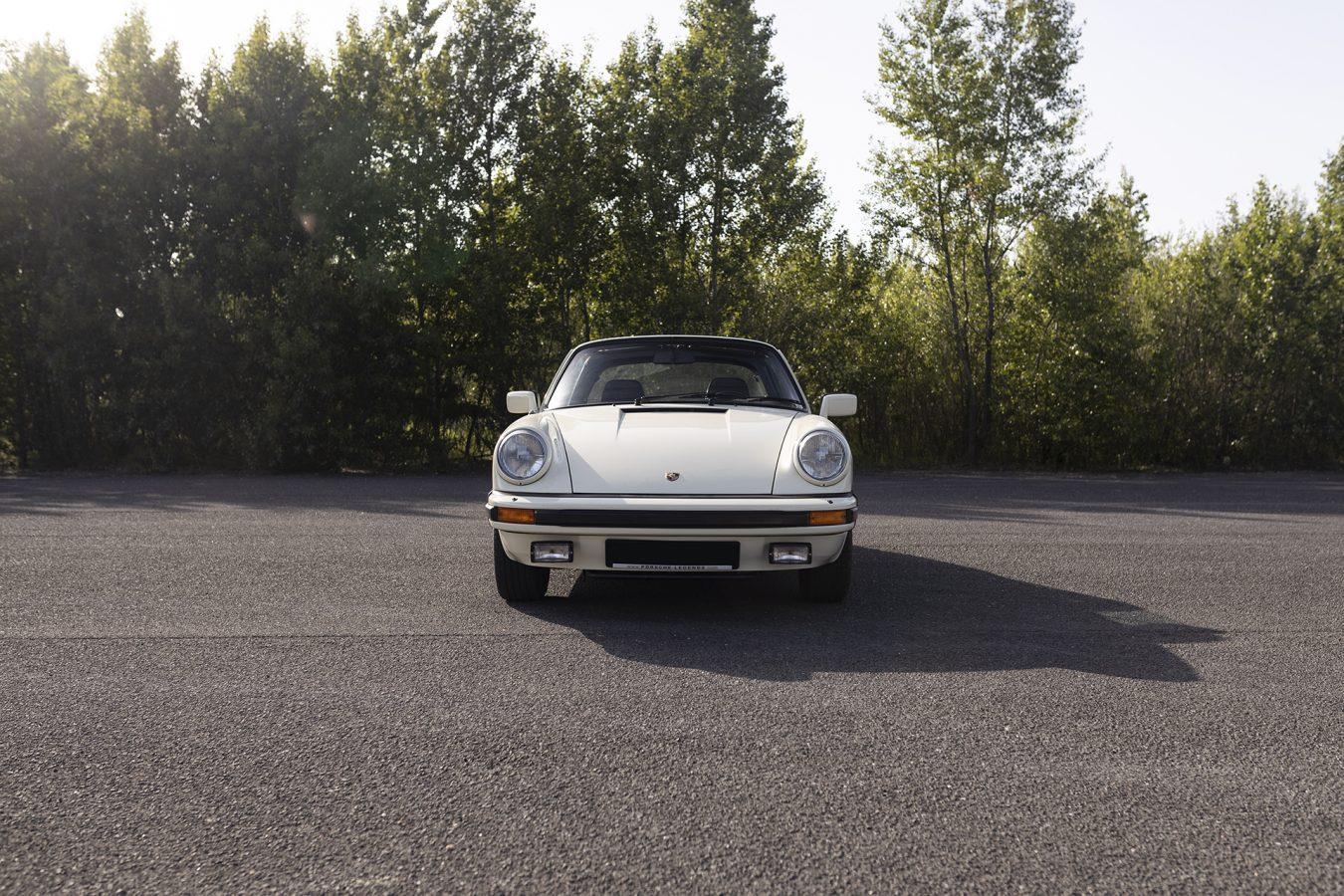 Chiffon Weisser Porsche 5