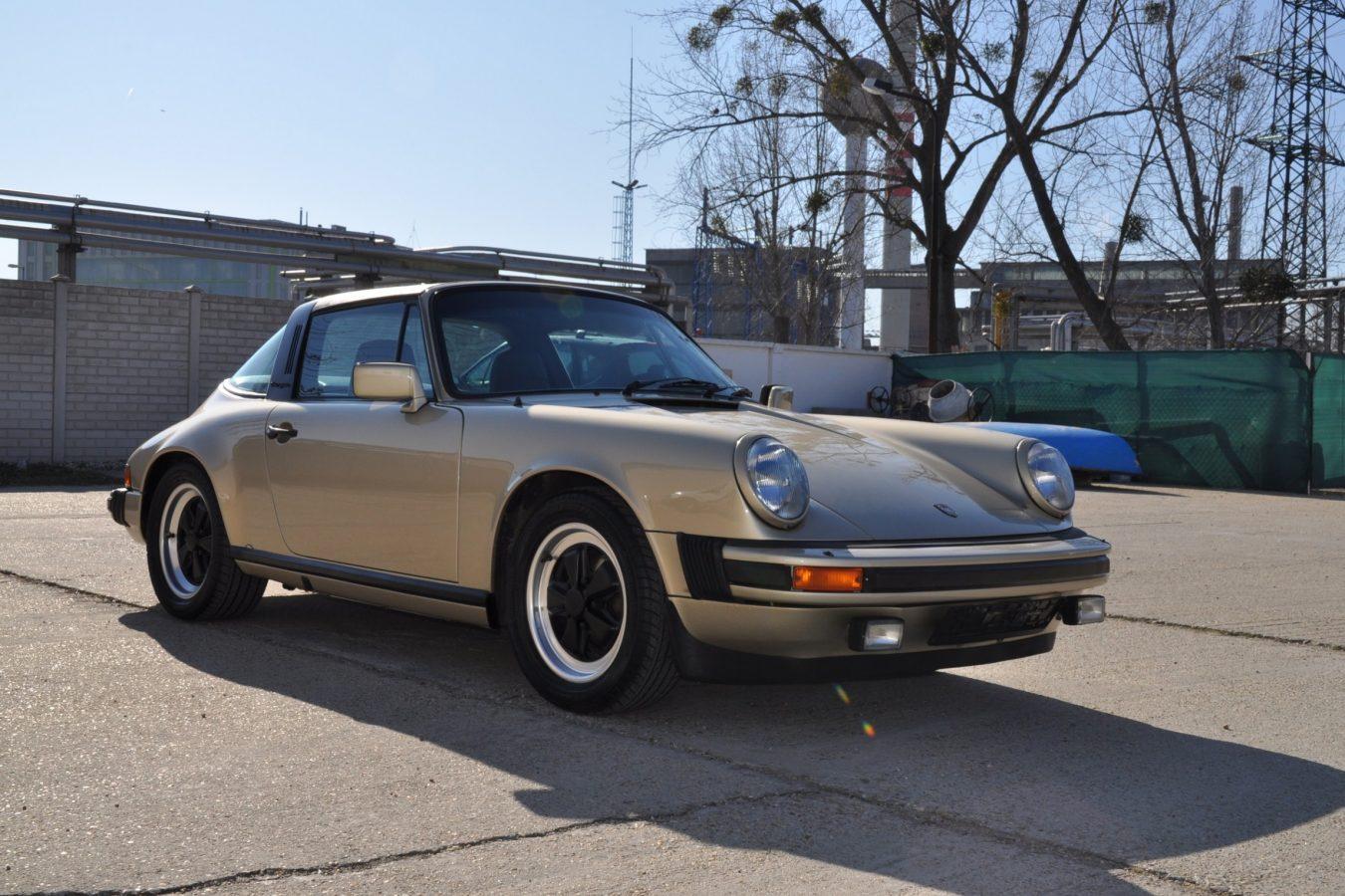 Youngtimer Porsche in Hellbronze Metallic 1