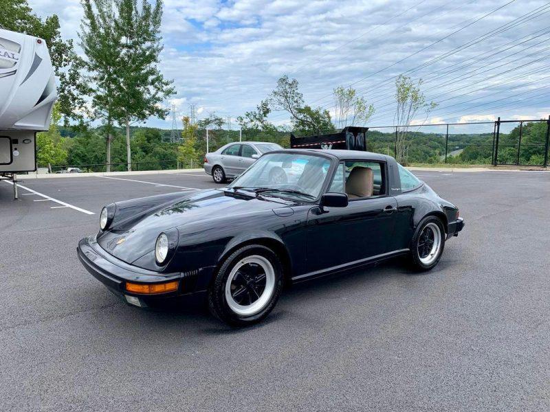 Porsche 911 Targa aus 1986