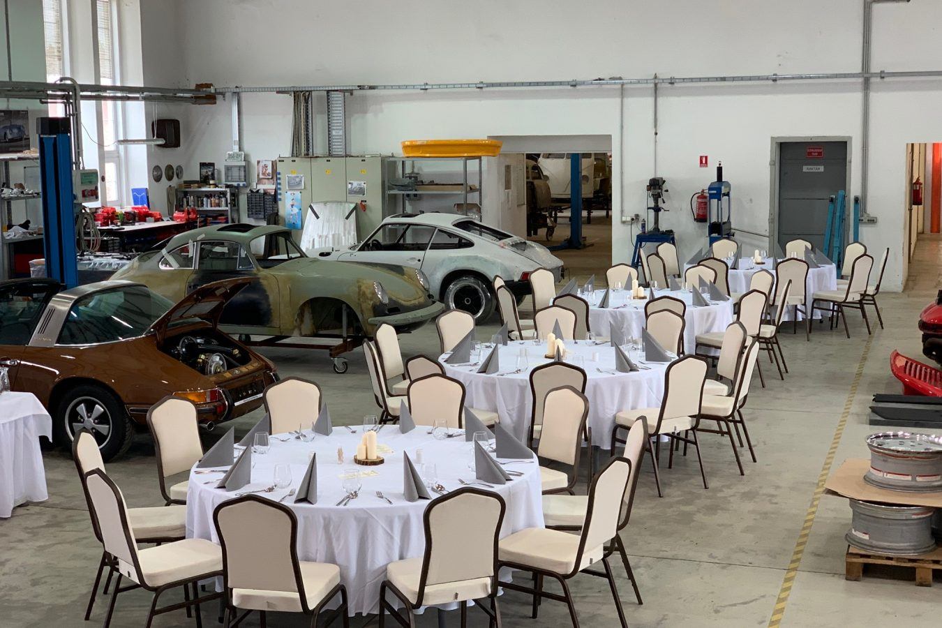 Porsche Classic Club Austria besucht Vehicle-Experts