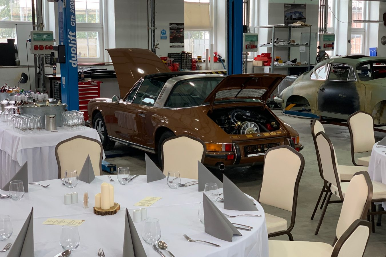 Porsche Classic Club Austria besucht Vehicle-Experts 1
