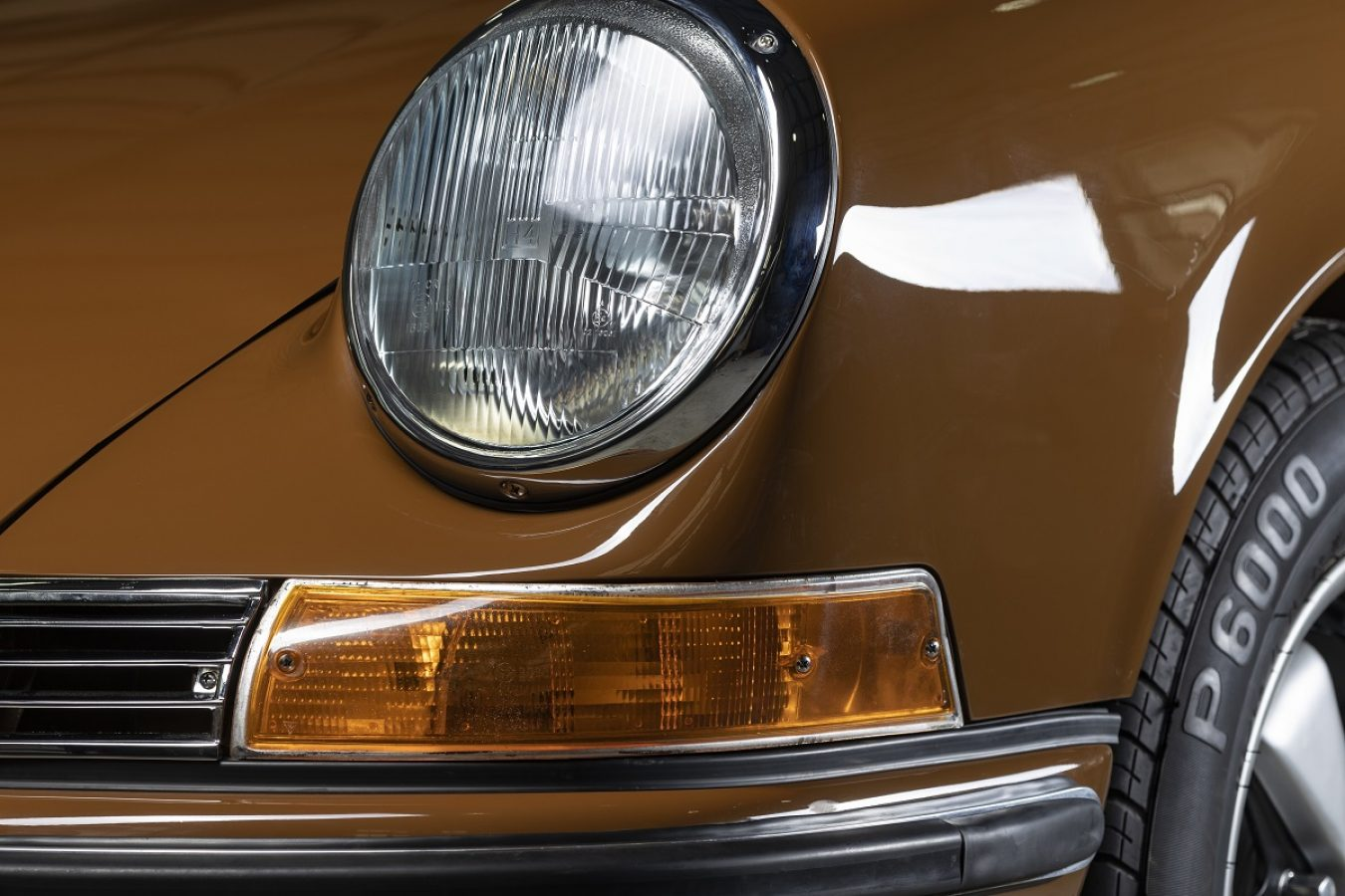 Sepiabraun 911E Targa aus 1969
