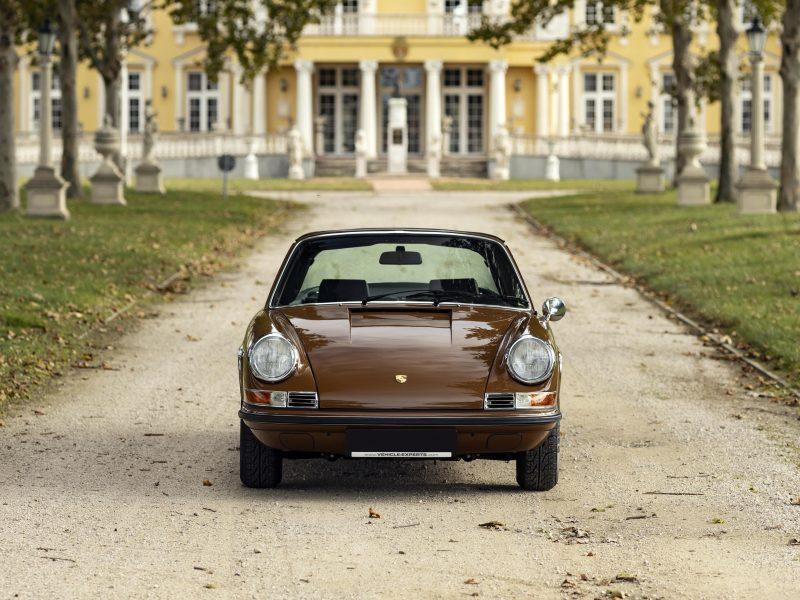 Sepiabraun 911E Targa aus dem Jahr 1969 4