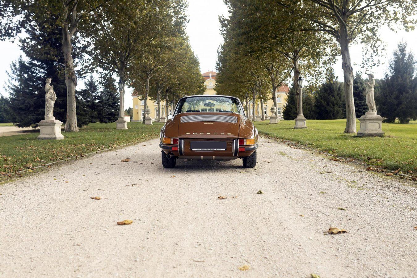 Sepiabraun 911E Targa aus dem Jahr 1969 5