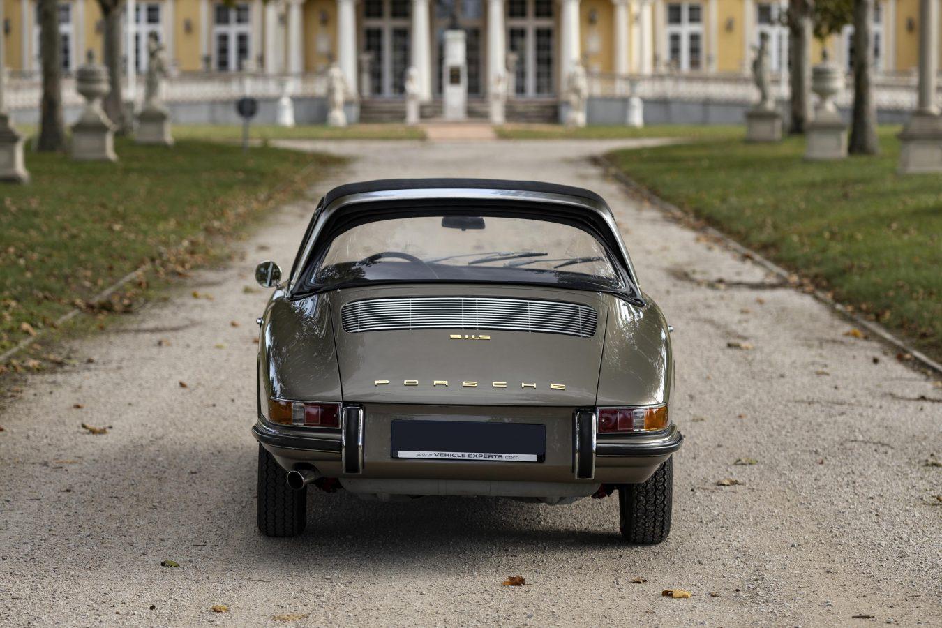Mittelgrau-metallic 911STW aus 1967 2
