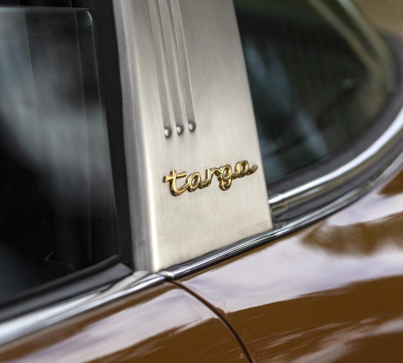 Sepiabraun Porsche 911 aus 1969