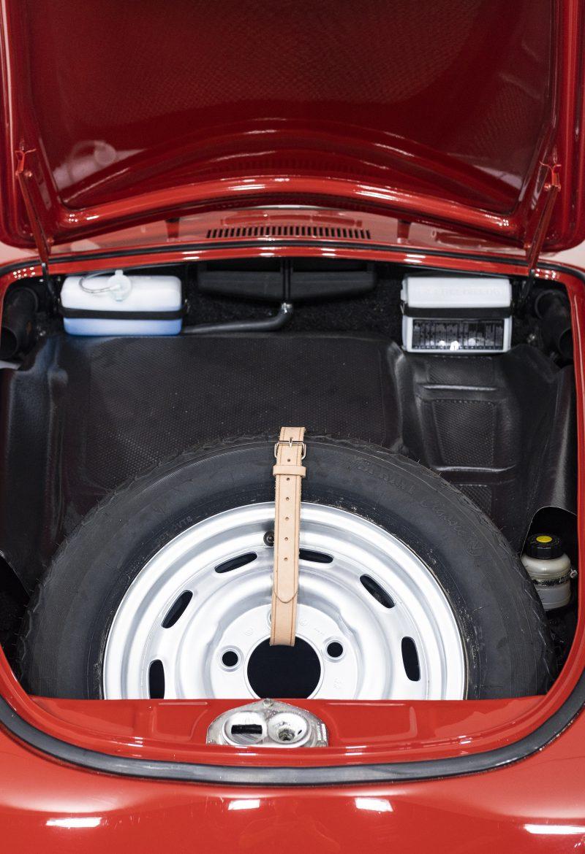 Porsche 356C Coupe 7