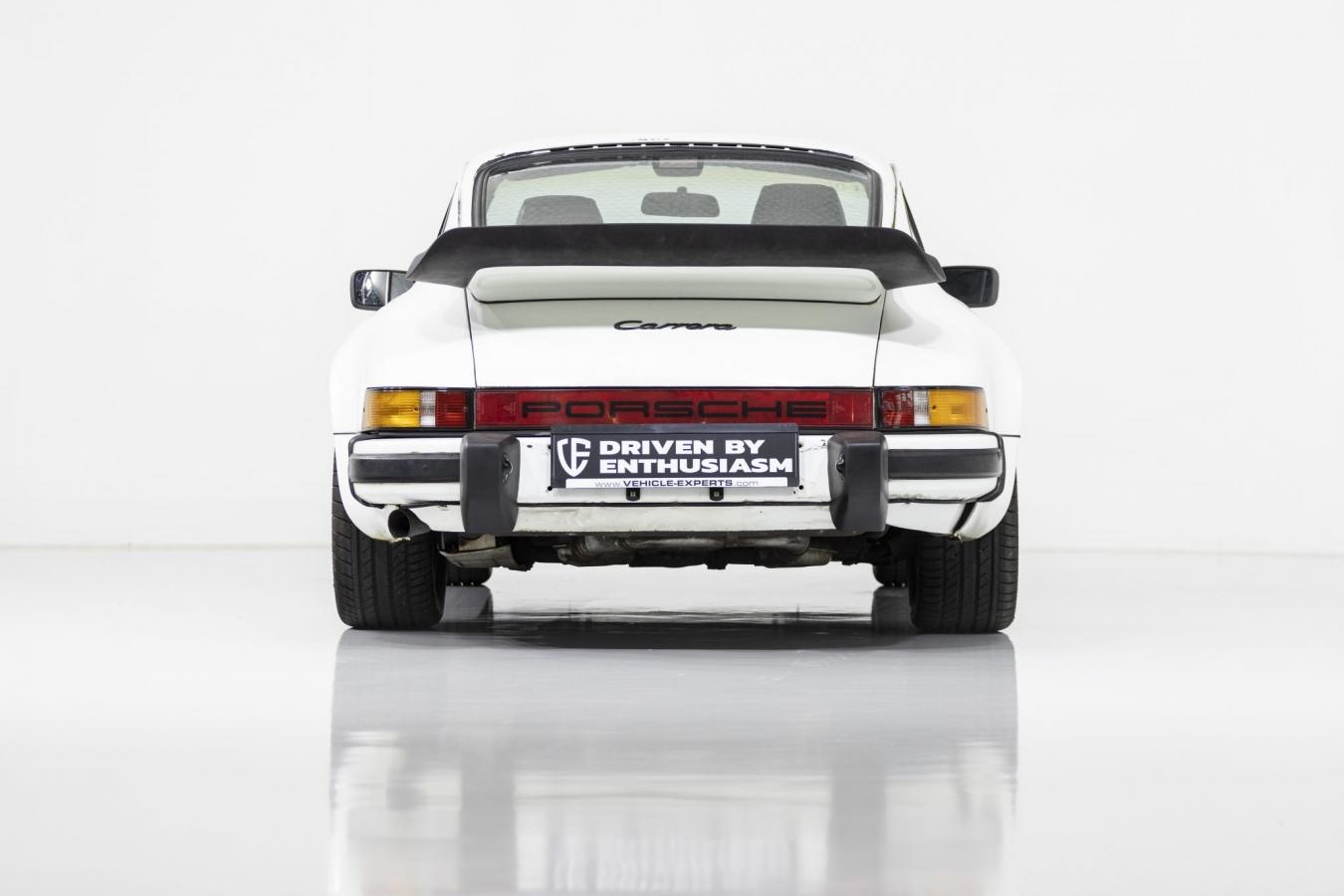 Porsche 911 Carrera 16