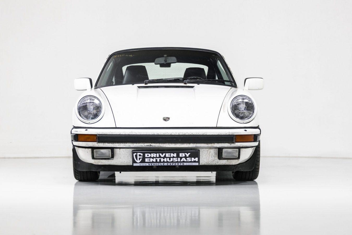 Porsche 911 Carrera 23