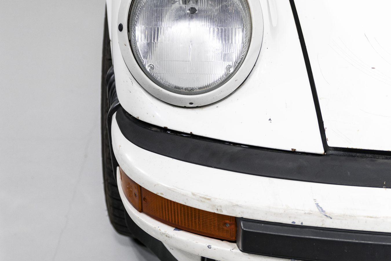 Porsche 911 Carrera Targa 26