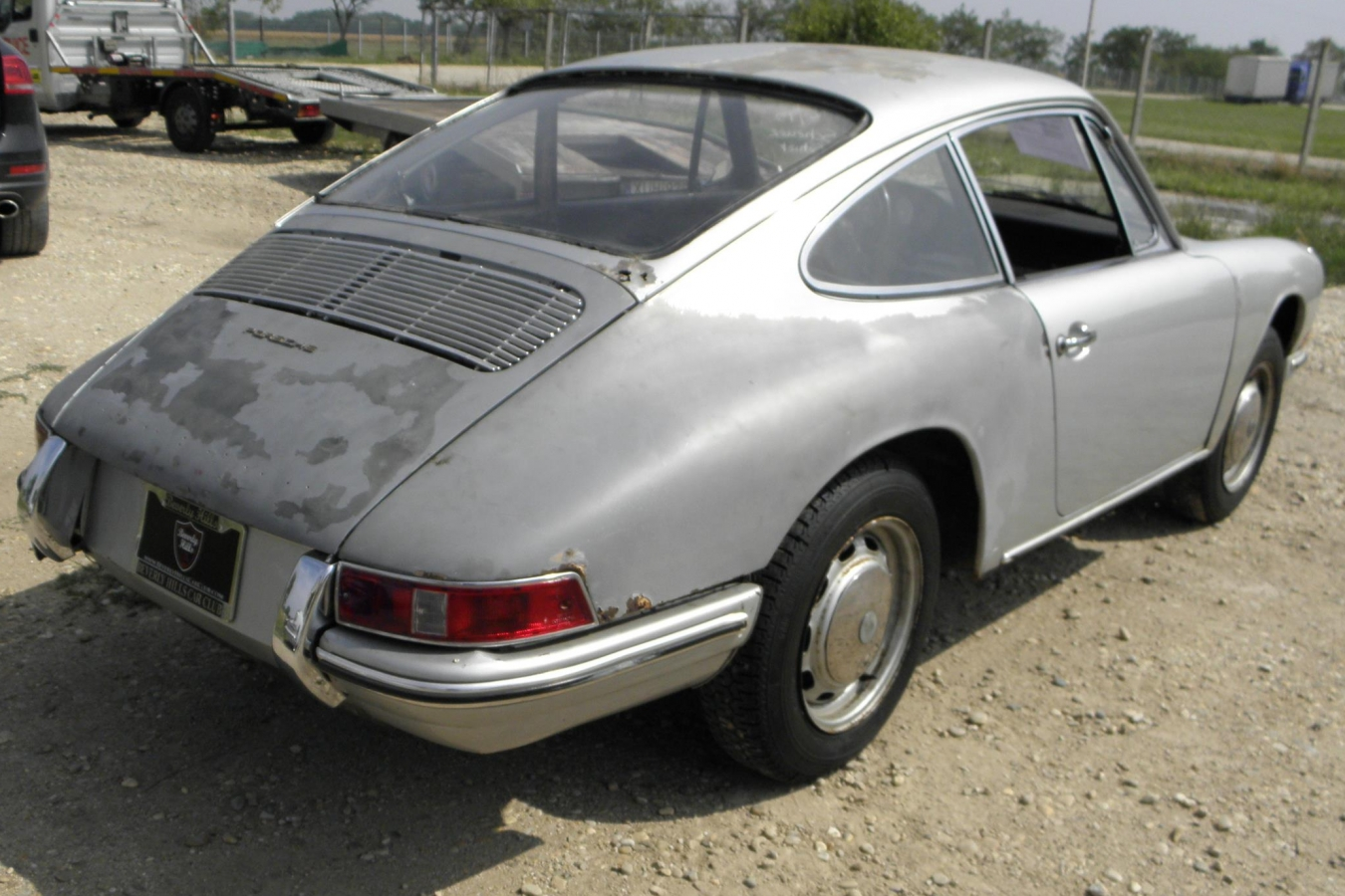 Porsche 911 Hellelfenbein