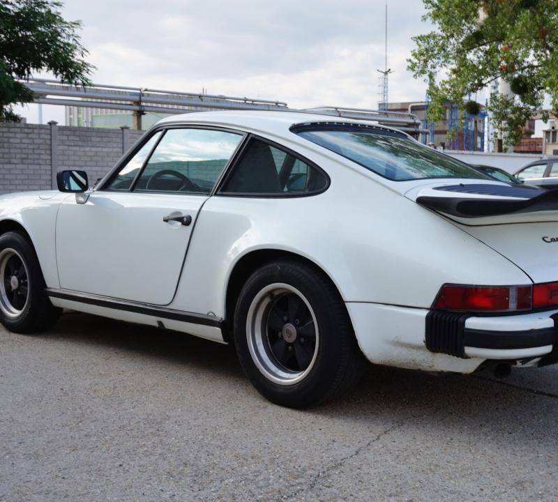Porsche 911 Targa 11