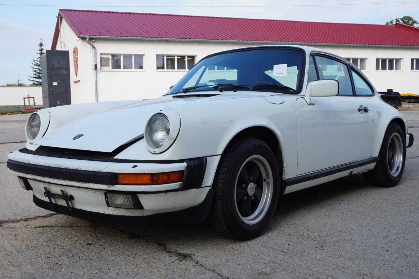 Porsche 911 Targa 13
