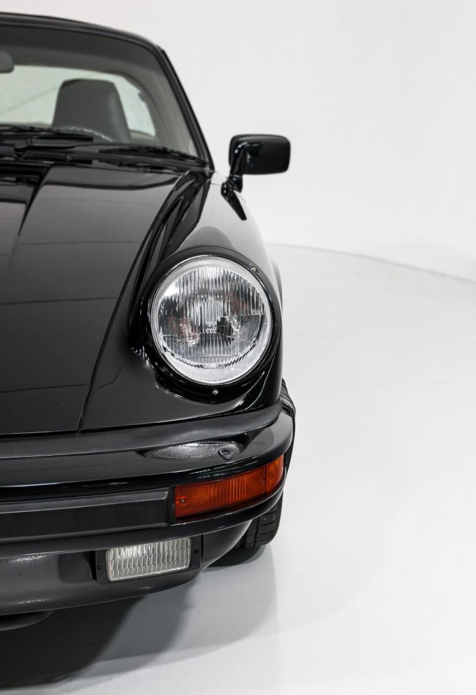 Porsche 911 Targa Carrera 1
