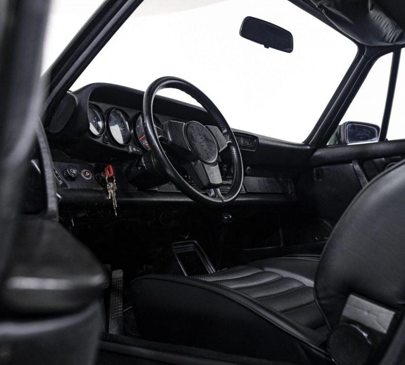 Porsche 911 Turbo Coupé 8