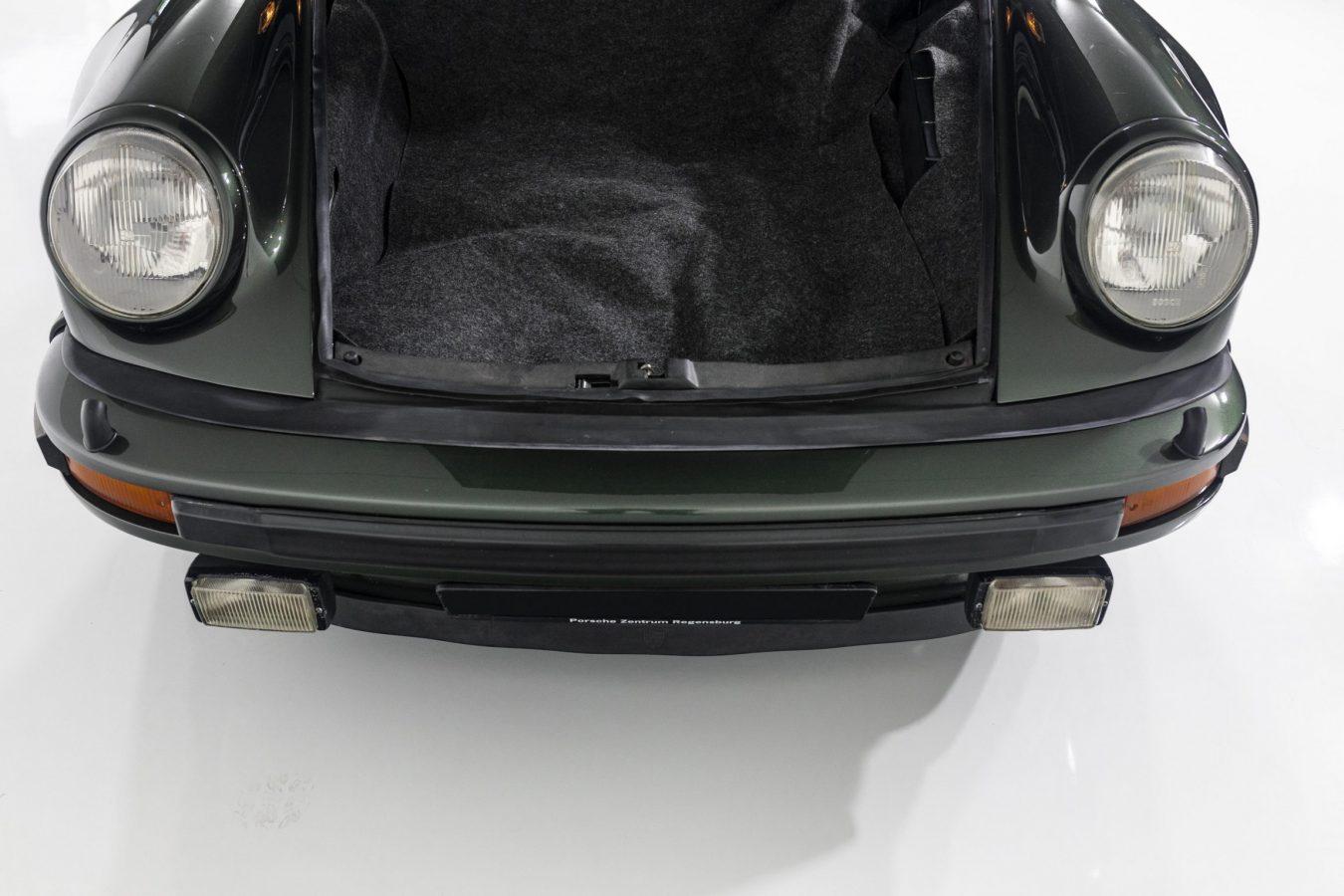 Porsche 911 Turbo Coupé 9
