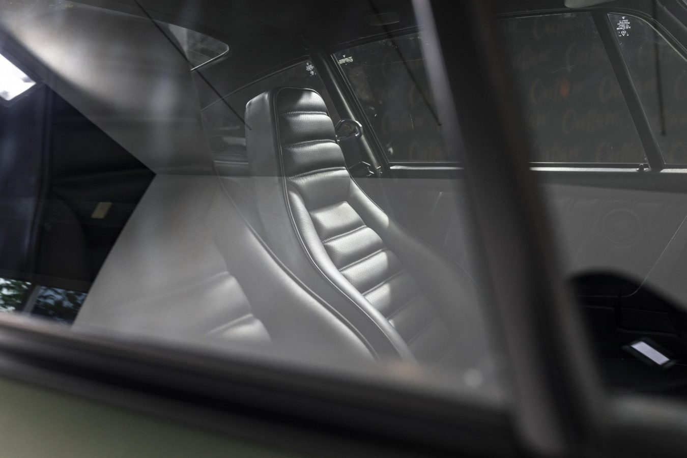 Porsche 911 Turbo Coupé 10