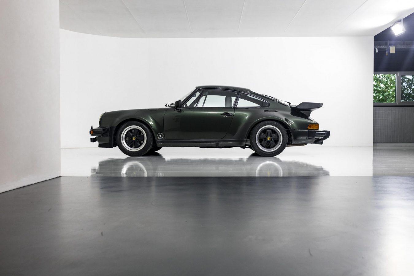 Porsche 911 Turbo Coupé 11